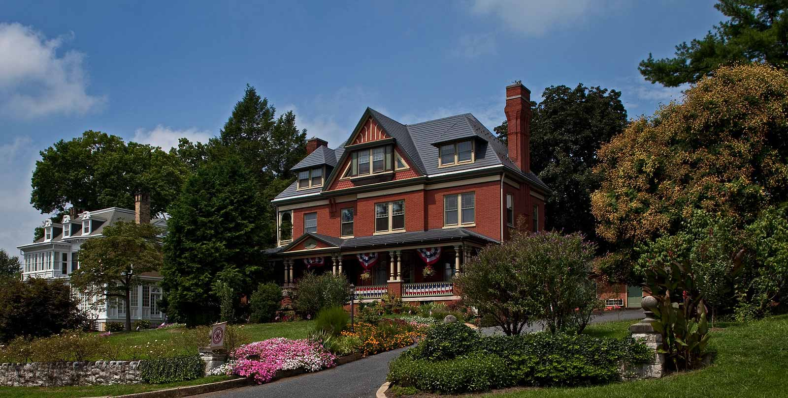The Perfect Home Baseto Explore Lancaster, Hershey and York PA